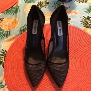 dc5c71a43a8 Steve Madden Shoes - Steve Madden Darling Pumps